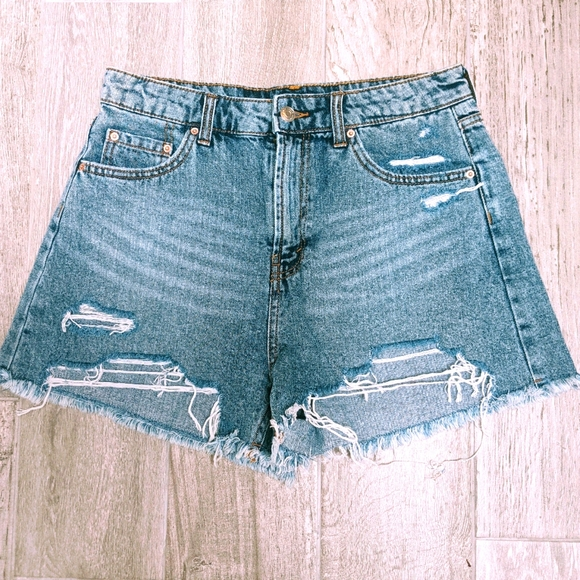 Wild Fable Denim Jean Shorts Frayed Size 10